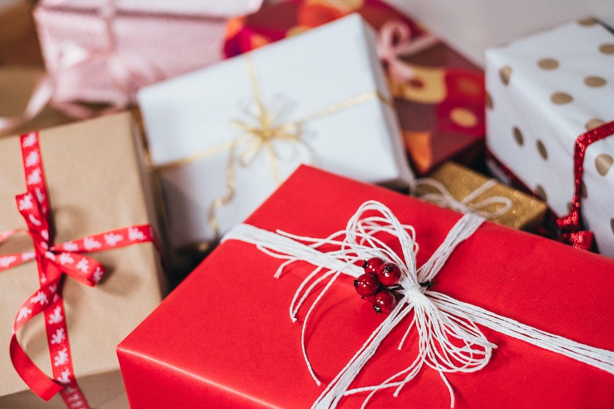 3 ways to bring the holiday spirit to your surveys